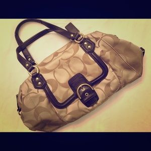 100% Authentic Coach Purse in Great Condition!